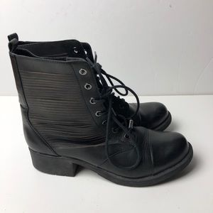 SAM EDELMAN Lace Up Booties Ankle Boots